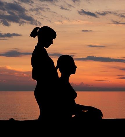 El masaje thai propone una visión holística de la persona, logrando el equilibrio físico y mental.