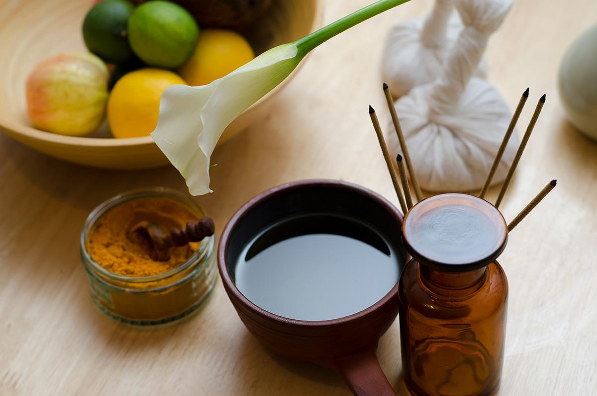 El Ayurveda considera el masaje el primer paso para la implantación de un tratamiento.