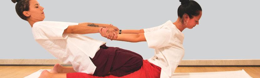Tipos de masaje tailandés: hazte experto en masaje tailandés a través de los cursos de masaje thai en Madrid de Art Thai Massage.