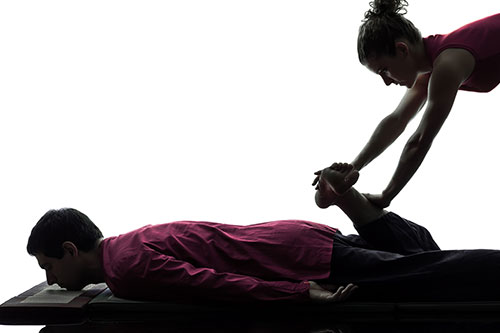 El masaje tailandés para deportistas ayuda a prevenir, potenciar y recuperar el estado físico de la persona.