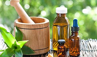 Que es la medicina alternativa y por qué recurrir a ella para trastornos y molestias comunes